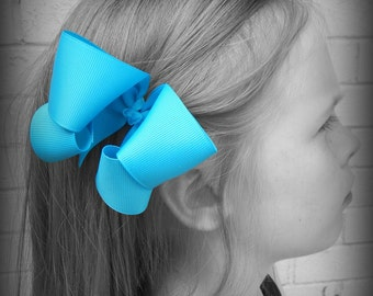 Turquoise Hair Bow, Turquoise, Boutique Hair Bow, Turquoise Hairbow, Turquoise Hair Clip, Hairbows, School Hair Bows, Hair Bows for Babies