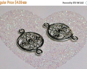 10% off Two (2) .925 Sterling Silver 20x12.9mm Filigree Floral Round Link Components