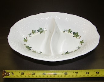 "Lovely SIMPSON Potters MARLBOROUGH ""CONCORD"" Divided Relish Dish"