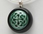 Celtic knot necklace, green Irish jewelry, contemporary Celtic pendant, modern Scottish jewelry, ceramic Celtic necklace/Celtic knot jewelry