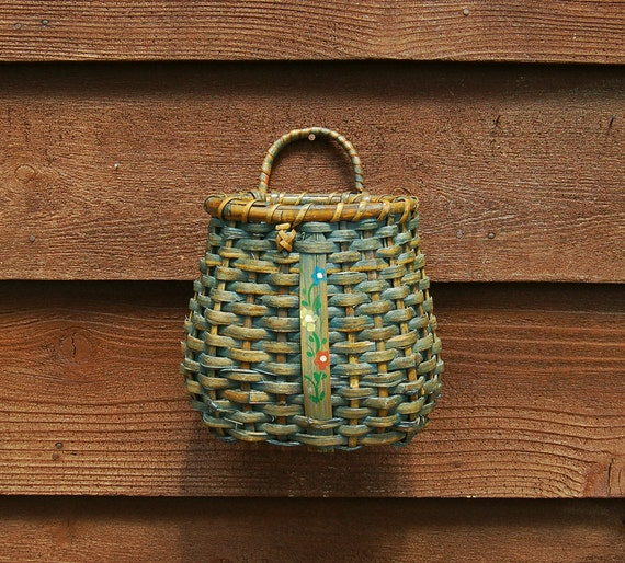 blue wicker wall pocket vintage wall basket planter pocket. Black Bedroom Furniture Sets. Home Design Ideas