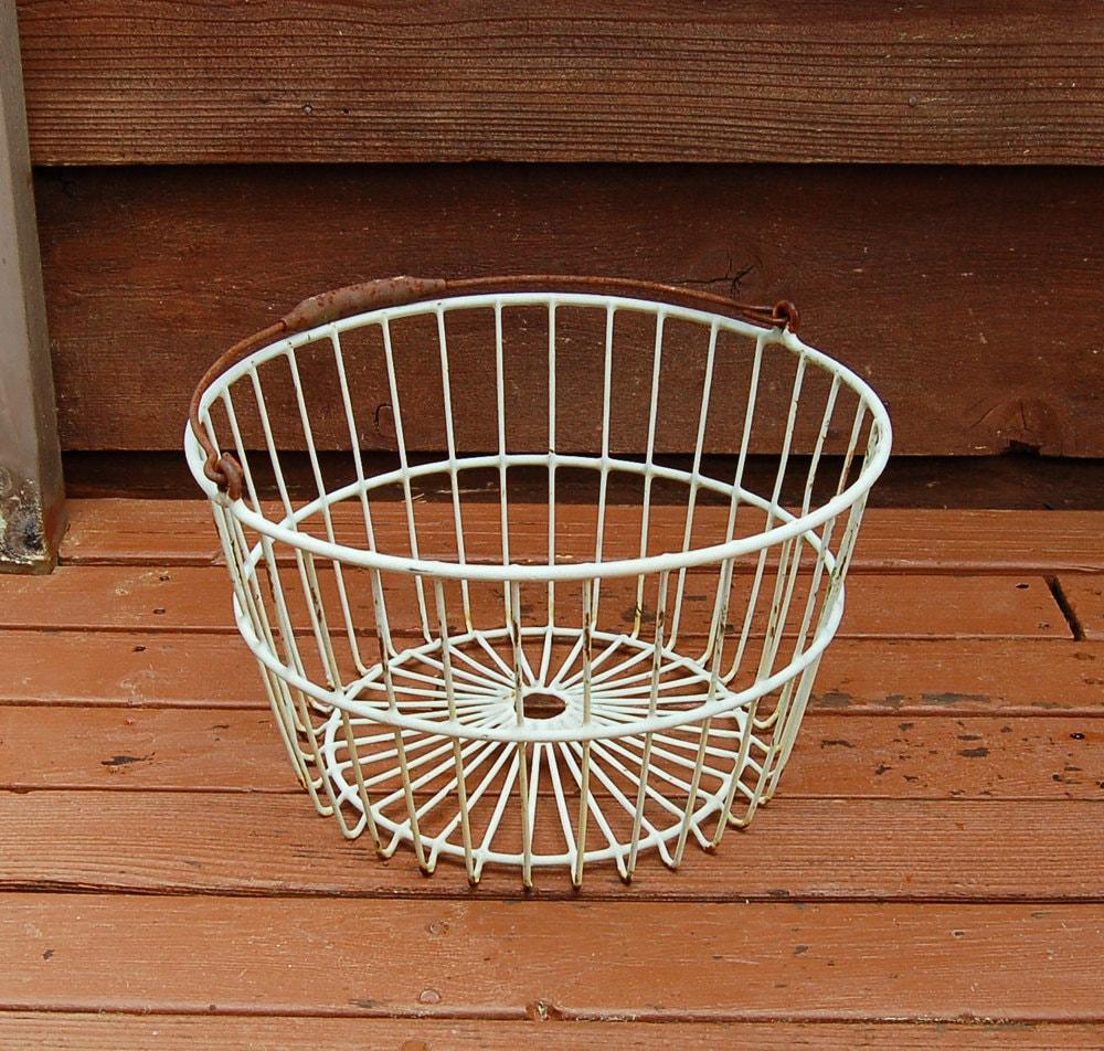 large wire basket vintage wire basket orchard basket coated. Black Bedroom Furniture Sets. Home Design Ideas