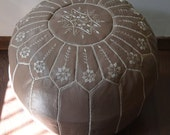 "NUSS NUSS  20""x13"" // Moroccan pouf ottoman // round embroidery L //OTNN02_RL"