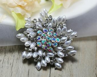 Clear Crystal Brooch Rhinestone Brooch Pin Pearl Brooch Bouquet Brooch Pin Wedding Decor Crystal Brooch Wedding Invitation Wedding Embellish