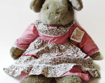 """Vintage Ganz Plush Brown Bunny Rabbit Mrs Burrows Country Heritage Collection Pink Floral Dress & Apron Large 24"""""""