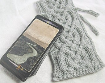 Custom Cable Knit Tarot Pouch