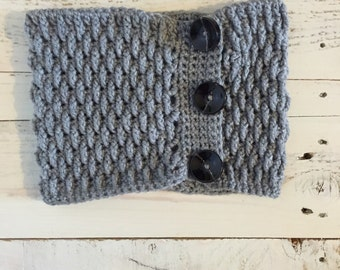 Handmade scarf, Crochet Women's Cowl, Scarf with Buttons, cowl with buttons, chunky scarf, chunky cowl, winter scarf,