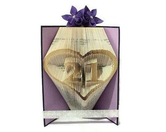 21st birthday gift for her / him. Book art sculpture. Number 21 in heart. Customised colours & decor. Book lover gift FREE UK POSTAGE