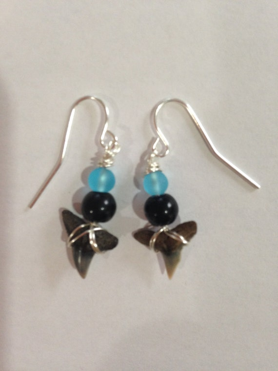 shark tooth earrings blue earrings dangle by daydreamingdecor