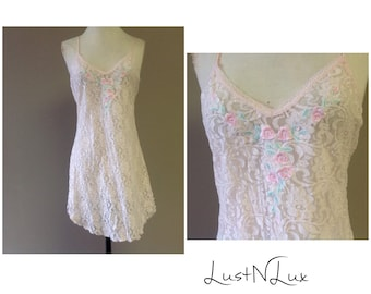 M / Lace Slip Dress / Pink / Vintage Lingerie / Medium / Sheer See Through All Over / Chemise Nightie / Pink / FREE Shipping