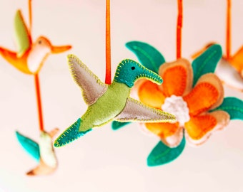 Tropical Hummingbirds Baby Mobile / Cot mobile / nursery mobile / baby girl mobile / crib mobile / Baby gifts / baby shower gift / Flower