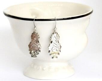 dangle earrings, etched earrings, silver earrings, light earrings, handmade earrings