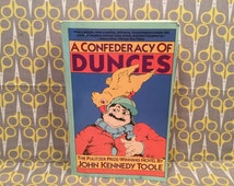 A Confederacy of Dunces - John Kennedy Toole - Pulitzer Prize Vintage Paperback Book