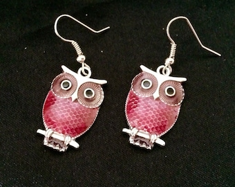 Silver Metal Owl Earrings With Pink / Purple Laquor Body and Black Eyes