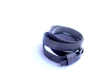 Multi wrap gray bracelet in leather, Christmas gift for him, Wrapping leather bracelet with buckle for him and her, mens leather cuff.