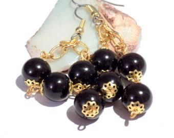 Black and gold dangly earrings, bridal earrings, black earrings, gold cluster earrings, pearl cluster earrings