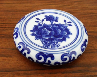 Blue And White Chionserie Porcelain Coaster Paperweight Home Decor.