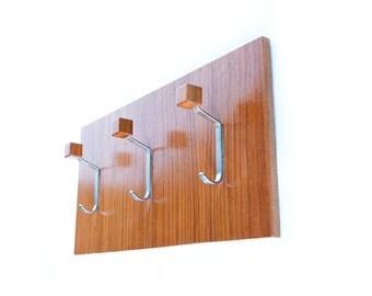 1960s Minimalist Teak Wood Coat Rack, Vintage Mid Century Modern Coat Rack, Peg Rack, Wall Mounted, Key Rack