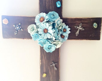 Rustic wooden wall cross with flowers and decorative gems