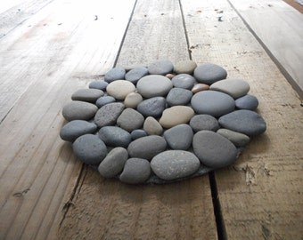 Round Rock Trivet with smooth beach stones on durable felt, 6 inches, rock coaster, earthy nature decor