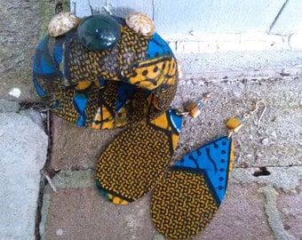 Blue Tribal Print Bracelet & Earring Set