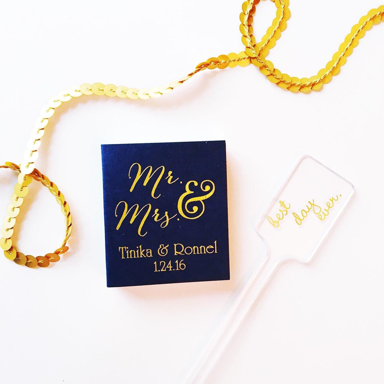 Wedding Matches. Pineapple Design Monogrammed Tropical Wedding ...