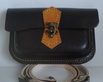 Hand stitched Leather shoulder bag in Chocolate and tan