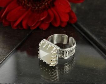 Gentleman moonstone ring - Moonstone ring - Sterling silver ring - Victorian ring - Handmade