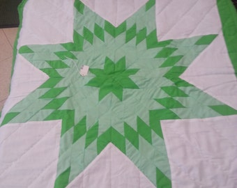 Baby Star Quilt , Green Baby Blanket, Handmade quilt - 41 in by 41 in. Traditional Oglala Lakota Style with hand quilting