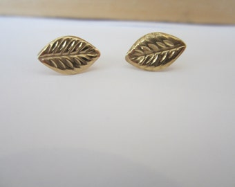 Leaf Earrings, 10k Yellow Gold Stud Leaf Earrings