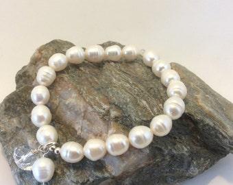 cultured pearl and swarovski bracelet