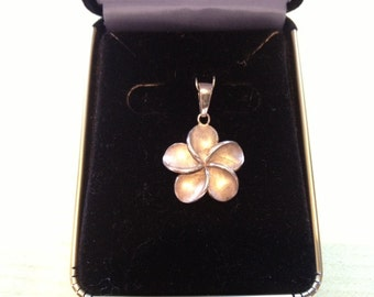 Sterling Silver Hawaiin Plumeria Flower Pendant, necklace