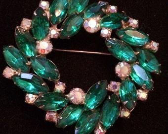 Juliana (DeLizza & Elster) Emerald Green Brooch / Pin