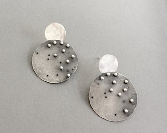 Starlight earrings, gray with white post - small size