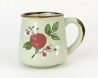 Vintage blossom stoneware mug