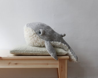 Small Grandpa Whale <O> Stuffed Animal <0> Plush Toy