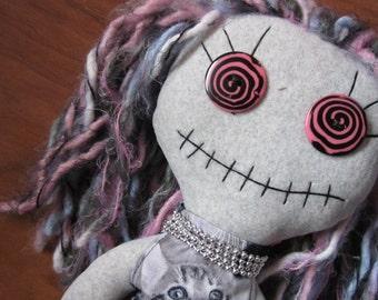 HATTIE Zombie Doll