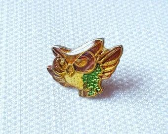 Vintage Early 80s Enamel Owl Pin