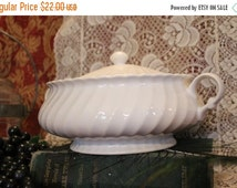 Fall CLEARANCE Sale Vintage Regency White Swirl China Covered Serving Dish