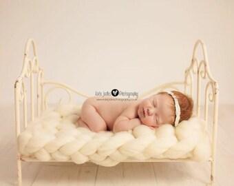 Newborn Prop, Extremely Chunky Mat, Bump Blanket, basket stuffer  layer, basket filler, layering blanket,  cream wool prop by FelFur RTS