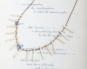 Minimalist STICK PEARL Necklace / Biwa Stick Pearls / Beach Inspired Necklace / Hand Knotted Pearl Necklace / Modern Pearl Necklace