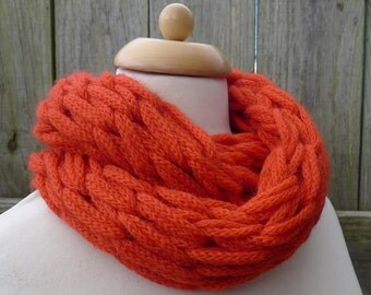 Merino Snood: orange