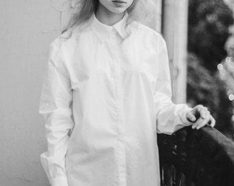 "White Shirt ""mans lepnums ir tik trausls"""