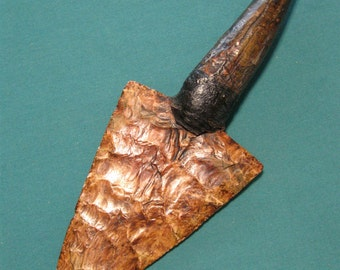 KN028 Reduced! Primitive Flint Knife with Fossil Tooth Handle and Sheath
