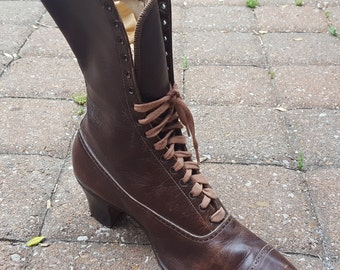 """Antique Victorian Brown Leather Lace Up Womens Right Shoe Boot 10"""" Vintage 1800s"""