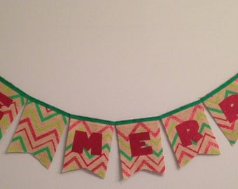 Be Merry Burlap Banner.  Christmas Banner.  Holiday Banner.  Christmas Decorations.  Merry Christmas Banner.  Red and green Banner.
