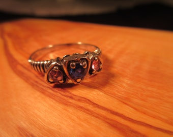 Cool Vintage Sterling Silver Three Hearts Ring - 9.5