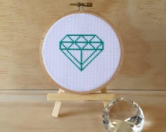 Green Diamond Cross Stitch (Framed in Sealed Hoop 11cm)