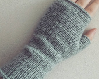 Simple hand knitted fingerless gloves arm warmers