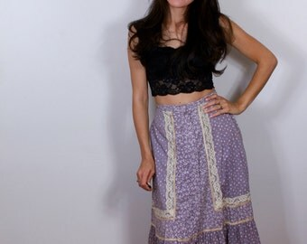 1970s Purple Button Up Peasant Skirt